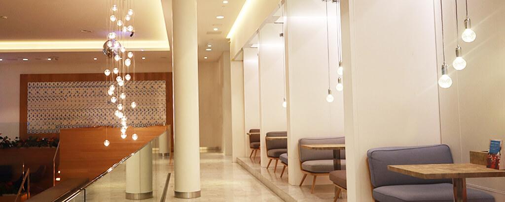 Yela-lighting-KLM-crown-lounge